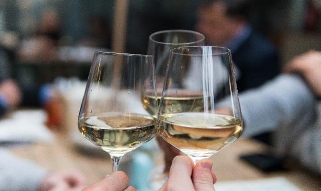 2017 Fête Blanc: Summer Bubbles and Unique Whites Wines